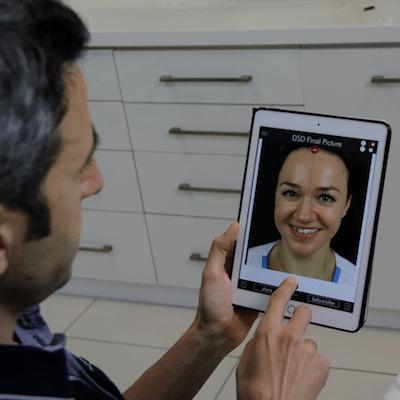 11Un dentiste fait digital smile design