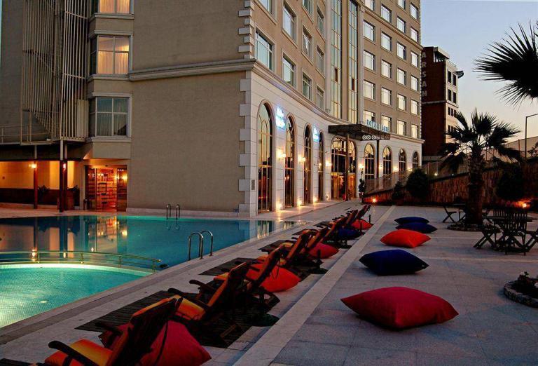 elite dragos hotel